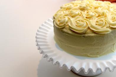 Lactard Lemon Cake off-center