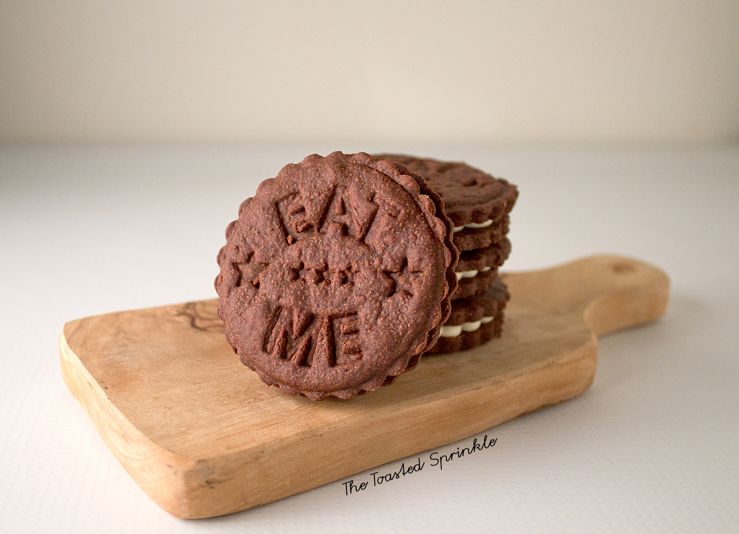 Fauxreos (aka chocolate wafer cookies with white chocolate filling)